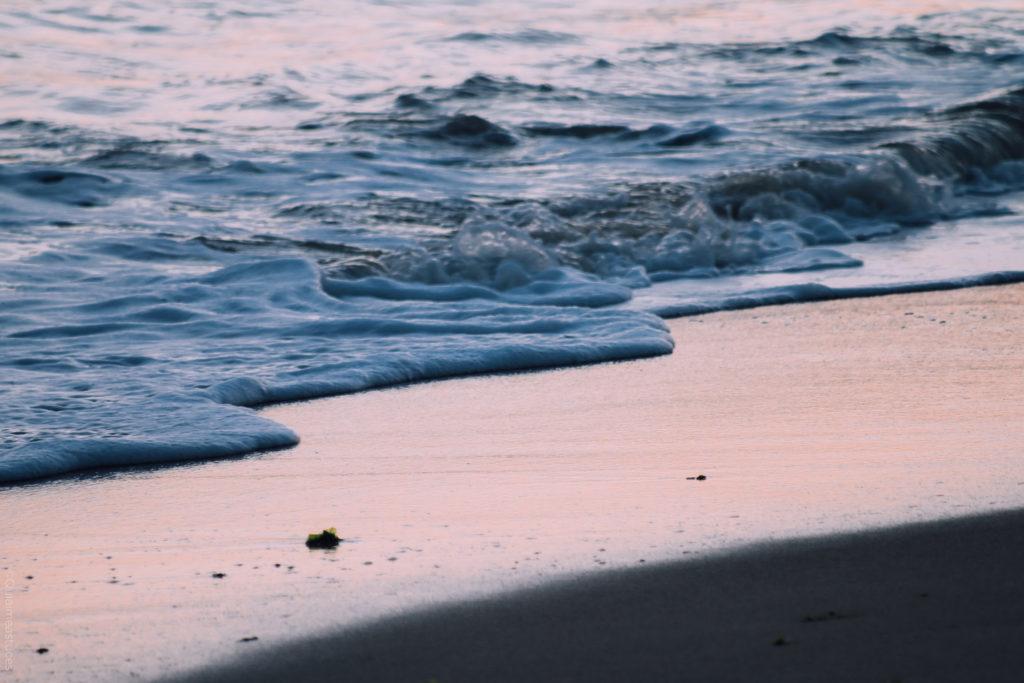 ocean-vague-platin